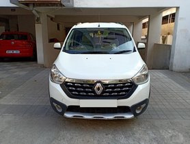 2015 Renault Lodgy 110PS RxZ 7 Seater MT for sale in Hyderabad