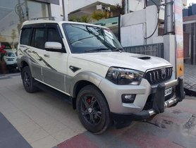 Mahindra Scorpio 2017 MT for sale in Lucknow
