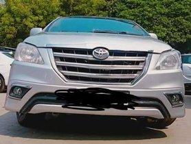 2013 Toyota Innova G Diesel MT for sale in New Delhi