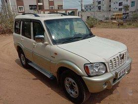 2006 Mahindra Scorpio SLX 2.6 Turbo 7 Str MT in Hyderabad