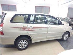 Toyota Innova 2.5 VX Diesel 8 Seater