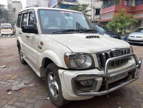 Mahindra Scorpio VLX 2WD BS-IV, 2010, Diesel MT for sale in Kolkata
