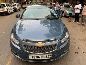 Used 2010 Chevrolet Cruze LTZ MT for sale in Kolkata