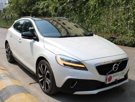 Used 2018 Volvo V40 Cross Country D3 AT in Mumbai