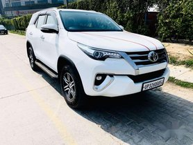 Used Toyota Fortuner 4x2 Manual 2017 MT for sale in Guragon
