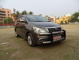 2014 Toyota Innova 2.5 GX 7 STR MT for sale in Kolkata