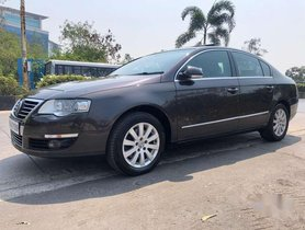 Used 2010 Volkswagen Passat AT for sale in Mumbai