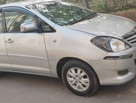 2011 Toyota Innova 2004-2011 MT for sale in Gurgaon