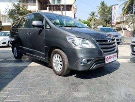 Toyota Innova 2013 MT for sale in Nashik