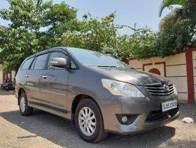 2013 Toyota Innova 2004-2011 MT for sale in Surat