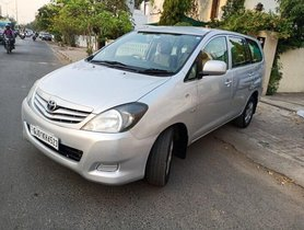 2011 Toyota Innova 2004-2011 MT for sale in Ahmedabad