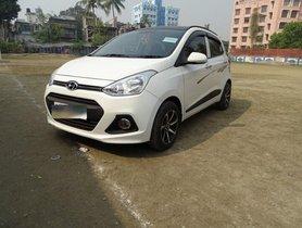 2015 Hyundai Grand i10 Sportz MT for sale in Kolkata