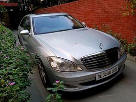 2009 Mercedes Benz S Class AT for sale in New Delhi