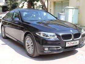 BMW 5 Series 520d Luxury Line, 2014, Diesel AT in Gandhinagar