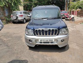 Mahindra Scorpio DX 2.6 Turbo 7 Str 2005 MT in Hyderabad