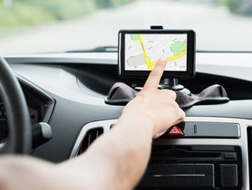Which are The Best GPS Navigation System for Cars in India?
