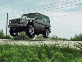 Old Three-door Mercedes-Benz G-Wagon with 22-inch Wheels Goes Off-roading