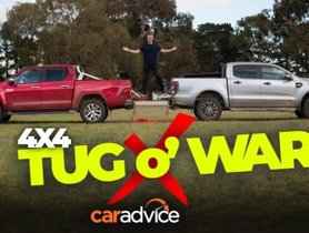 Here's a Serious Tug-Of-War Between Toyota Hilux And Ford Ranger