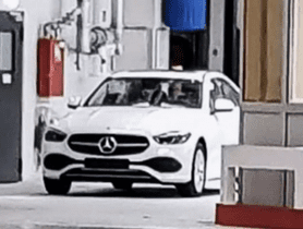 New-Gen Mercedes-Benz C-Class Snapped Without Camouflage