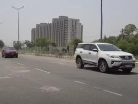 Land Rover Discovery vs Toyota Fortuner Drag Race - Unexpected Winner