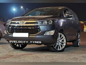 FIRST-EVER Toyota Innova Crysta Facelift With Massive 20-inch Mags