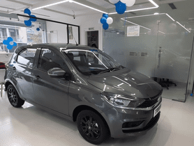 Tata Tiago Limited Edition Detailed In Walkaround Video At Showroom