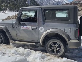 New Mahindra Thar Manages To Get Stuck In Snow, Has To Be Pulled Out By Toyota Fortuner - VIDEO