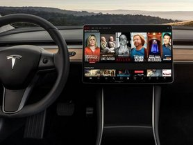 Tesla Owners Will Be Soon Able To Stream Netflix and Youtube In Their Cars