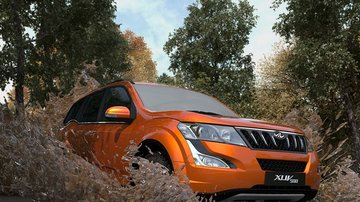 Mahindra XUV500 2018 Review India