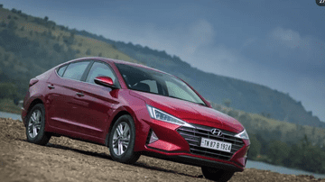 2020 Hyundai Elantra | Preview | Is It Better Than a Honda Civic?