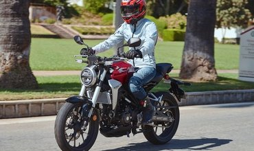 Honda CB300R Price, Variant, Pros/Cons, Discounts and Specs