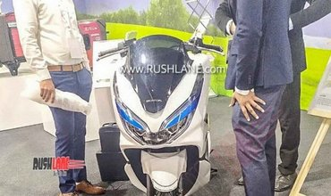 Honda PCX Electric Scooter Showcased At Dealers Meet