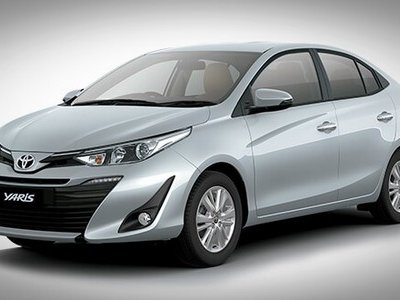 Toyota Yaris 2018 three quater look silver colour