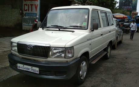 Good As New Toyota Qualis Fs B3 2002 For Sale 49181