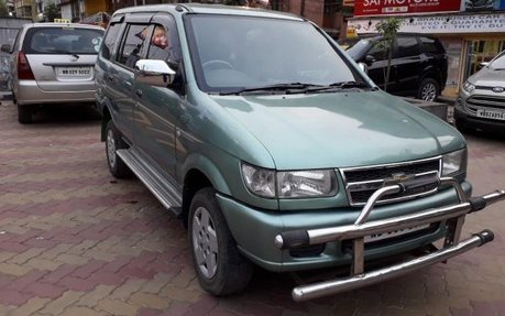 Chevrolet Tavera Neo Manufactured In 2009 Best Prices For Sale