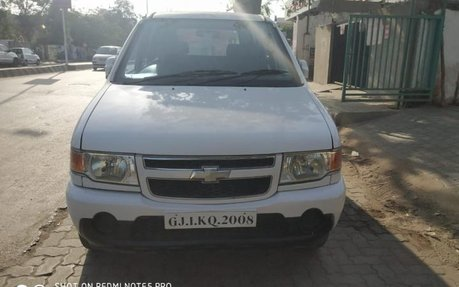 Chevrolet Tavera Neo Manufactured In 2012 Best Prices For Sale
