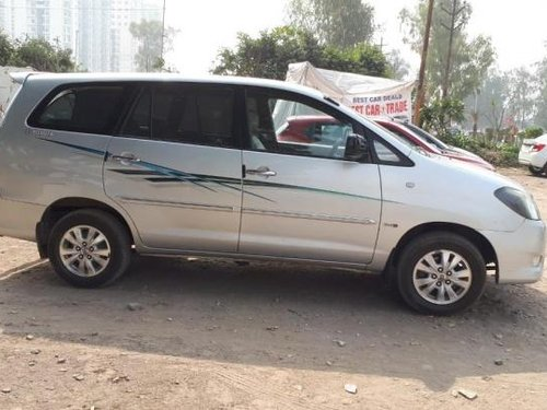 Good as new Toyota Innova 2010 for sale -1