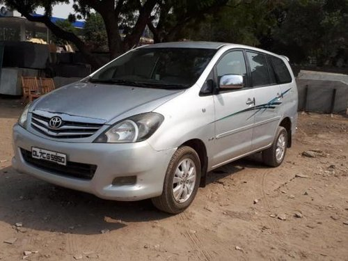 Good as new Toyota Innova 2010 for sale -2