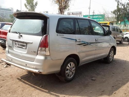 Good as new Toyota Innova 2010 for sale
