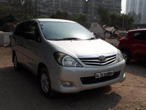 Good as new Toyota Innova 2010 for sale -9