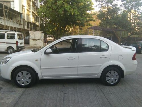 Used 2010 Ford Fiesta car at low price in Thane