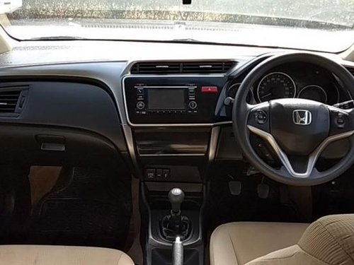 Used Honda City V MT 2014 at the lowest price