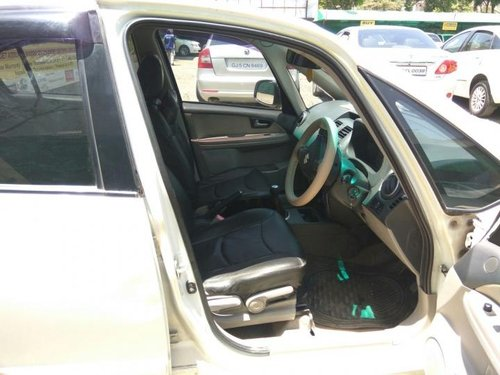 Well-kept Maruti Suzuki SX4 2009 at low price