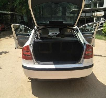 Well- maintained Skoda Laura L n K 1.9 PD 2008 for sale
