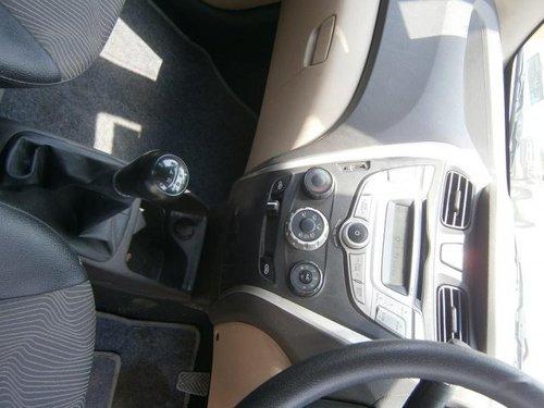 Used 2013 Hyundai Eon car at low price in Noida