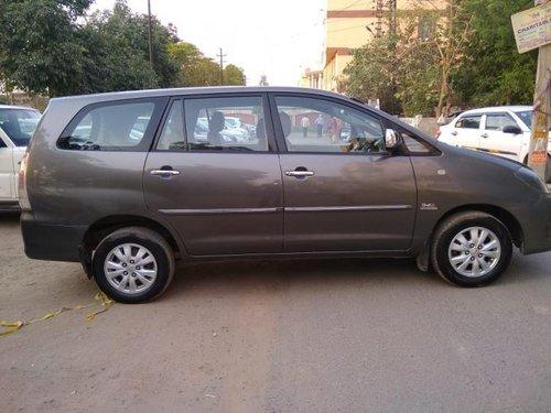 Well-kept 2011 Toyota Innova for sale
