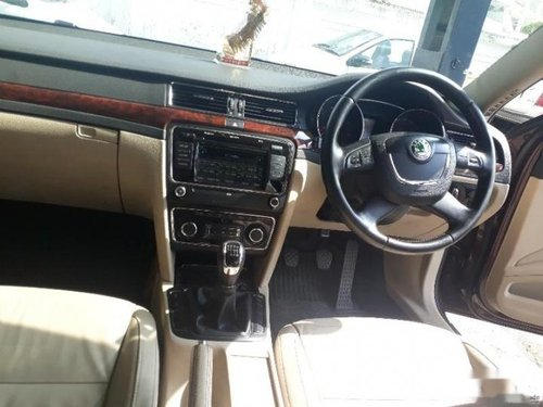 Used Skoda Superb 2009-2014 car for sale at low price