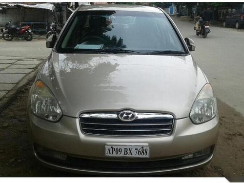 Used Hyundai Verna car for sale at low price-5