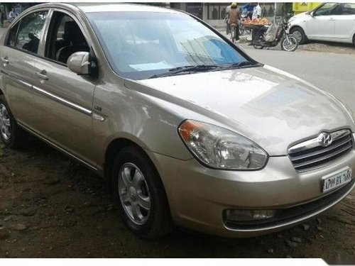 Used Hyundai Verna car for sale at low price-8