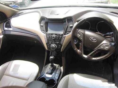 Used Hyundai Santa Fe car for sale at low price
